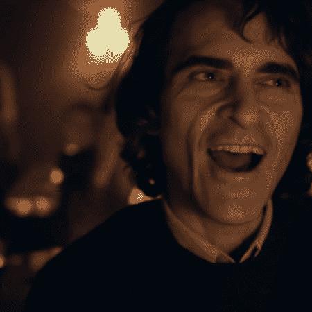 """Joaquin Phoenix em cena de """"Coringa"""" - Divulgação"""