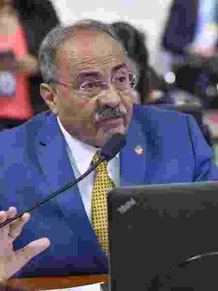 Chico Rodrigues: o senador que aplicava dinheiro na poupança pode ser o primeiro de muitos investigados pelas emendas da Saúde -                                 Jane de Araújo