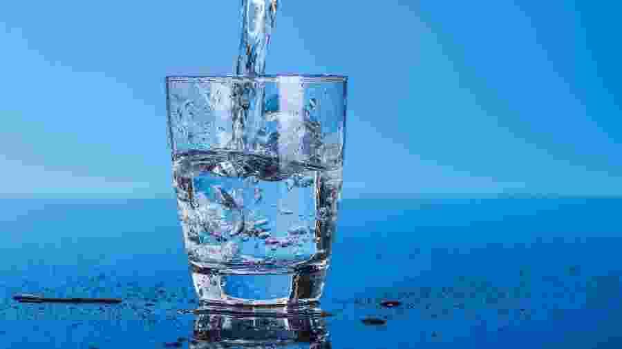 Mistura comum para tornar água potável pode gerar outras substâncias tóxicas - shutterstock