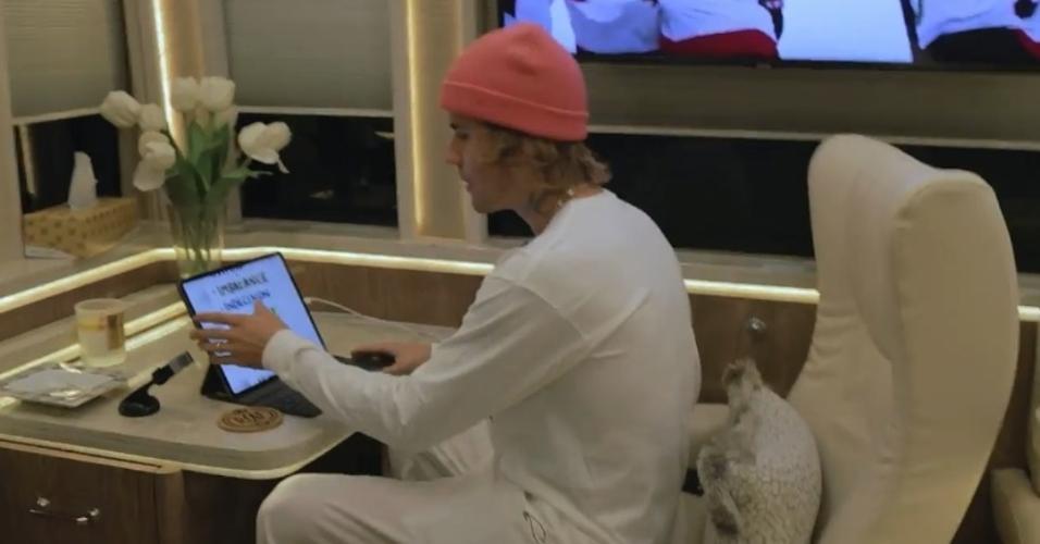 Workspace ônibus Justin Bieber