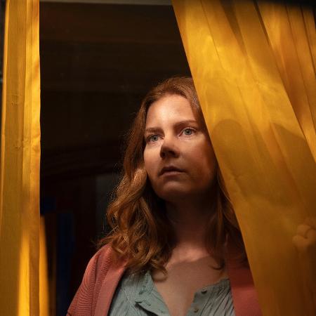 "Amy Adams é Anna em ""A Mulher na Janela"", da Netflix - Melinda Sue Gordon / Netflix Inc"