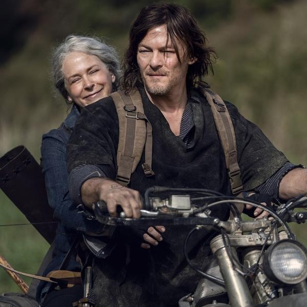 Daryl (Norman Reedus) e Carol (Melissa McBride) na décima temporada de 'The Walking Dead'
