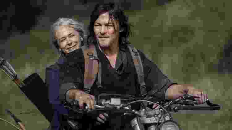 Daryl (Norman Reedus) e Carol (Melissa McBride) na décima temporada de 'The Walking Dead' - Divulgação - Divulgação