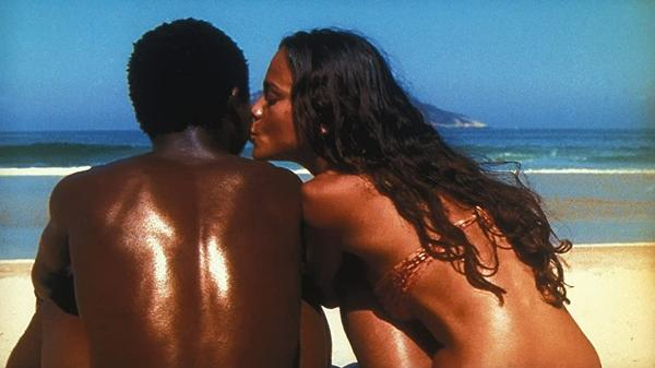 Alice Braga e Alexandre Rodrigues na foto que foi para o pôster internacional de 'Cidade de Deus'