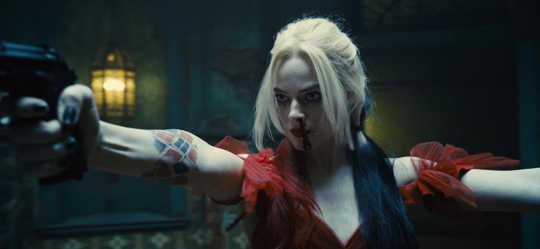 """Margot Robbie como a Arlequina na nova versão de """"O Esquadrão Suicida"""" - Divulgação"""
