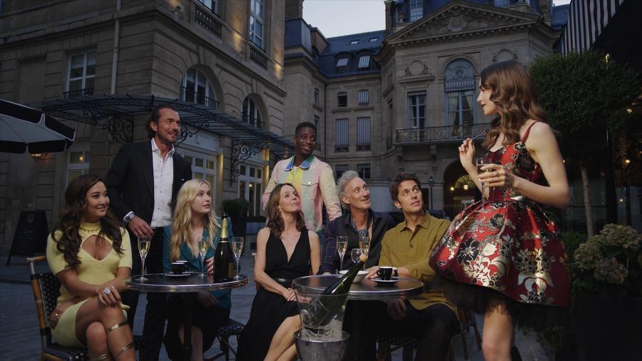 """Nova temporada de """"Emily in Paris"""" estreia em 22 de dezembro de 2021 - Divulgação/Netflix"""