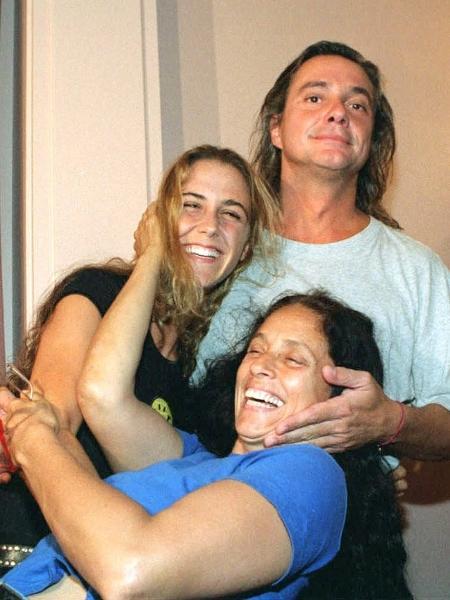 Fábio Jr com Guilhermina Guinle e Sônia Braga em Buenos Aires, na Argentina, em 1996 - Ricardo Gonzalez/Clarin