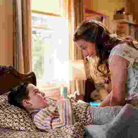 Sheldon (Iain Armitage) e Mary (Zoe Perry) em 'Young Sheldon' - Divulgação - Divulgação