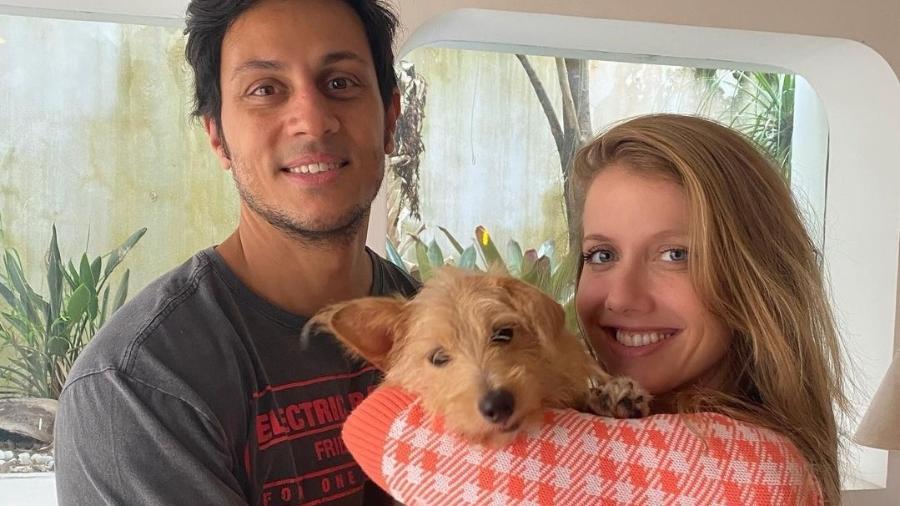 Gabriela Prioli e Thiago Mansur adotaram um cachorro, Bolt - Reprodução/Instagram