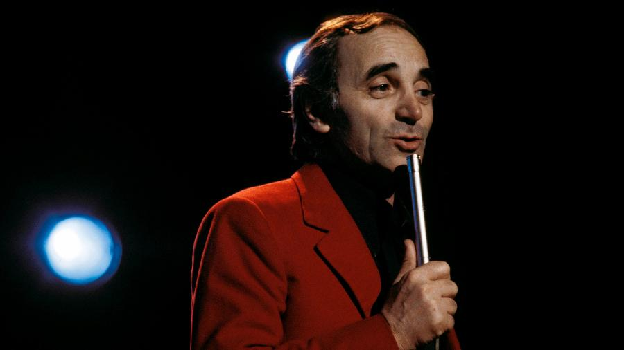 O cantor francês Charles Aznavour - Tony Russell/Redferns