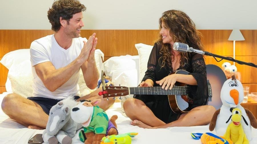 Paula Fernandes em clima de romance em live com o namorado, Rony Cecconello - Manuela Scarpa/Brazil News