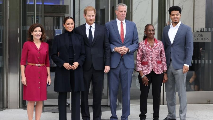governadora Kathy Hochul, Meghan Markle o príncipe Harry, o prefeito Bill de Blasio, Chirlane McCray e Dante de Blasio em Nova York - Taylor Hill / WireImage via Getty Images