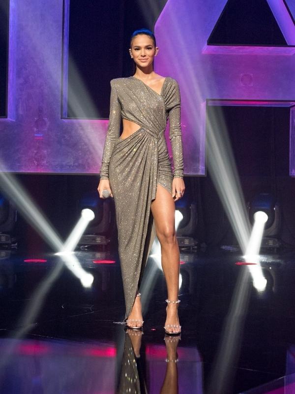 Bruna Marquezine foi a responsável pela apresentação da premiação