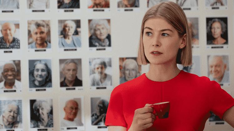 Rosamund Pike no filme 'Eu me Importo' - Divulgação - Divulgação