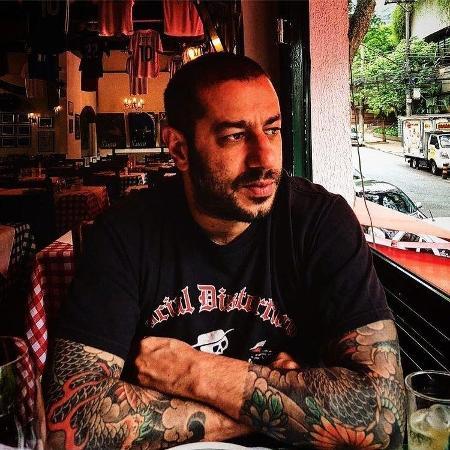 Fernando Badaui, vocalista do CPM 22 - Reprodução / Instagram