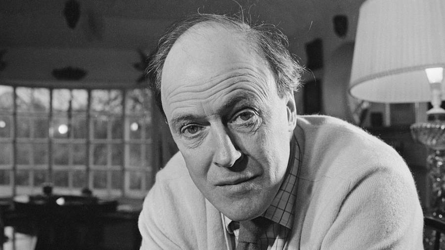 O escritor britânico Roald Dahl - Ronald Dumont / Getty Images