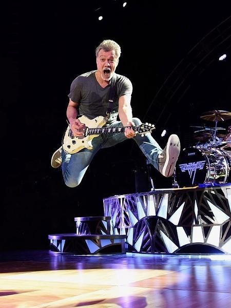 Jump! Eddie Van Halen se apresenta em Nova York, em 2015 - Kevin Mazur/Getty Images for Solters