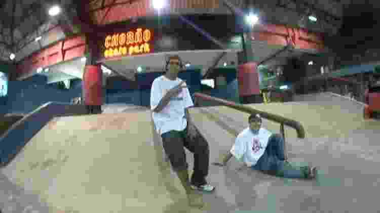 A dupla no Chorão Skate Park, em Santos - Arquivo pessoal - Arquivo pessoal