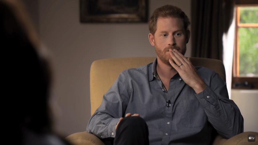 """Príncipe Harry em depoimento para a série documental """"The Me You Can""""t See"""" - Reprodução / Youtube"""