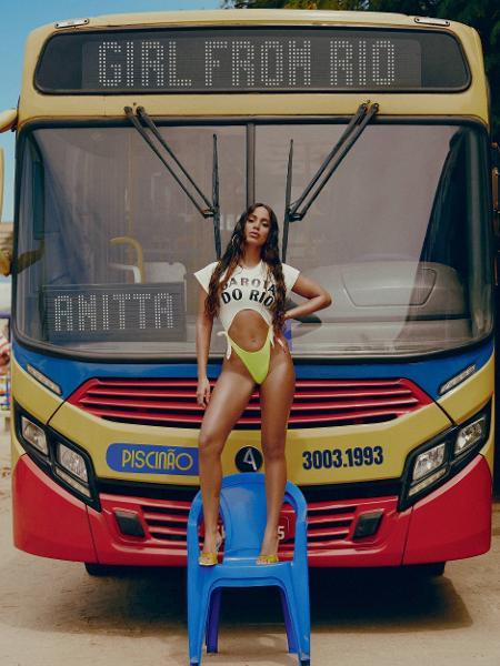 """A capa de """"Girl From Rio"""", single de Anitta, que relembra as paixões nacionais da cantora - Mar + Vin/Divulgação"""