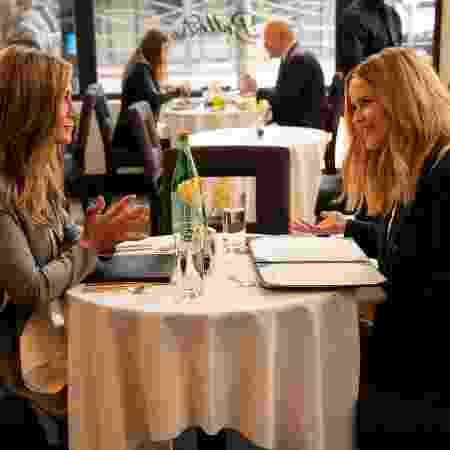 """Jennifer Aniston e Reese Witherspoon em cena da segunda temporada de """"The Morning Show"""" - Divulgação/Apple TV+ - Divulgação/Apple TV+"""