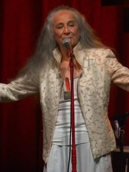 Maria Bethânia em sua live - Reprodução/Globoplay