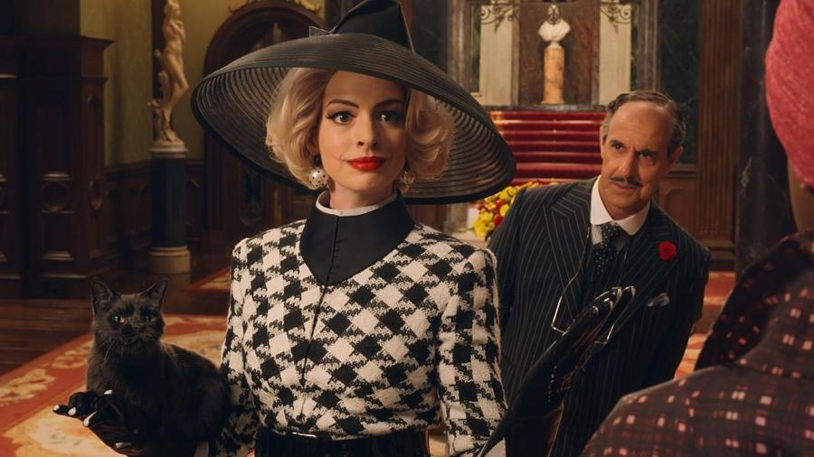 """Anne (ou talvez ela prefira Annie) Hathaway em """"Convenção das Bruxas"""" - Divulgação"""