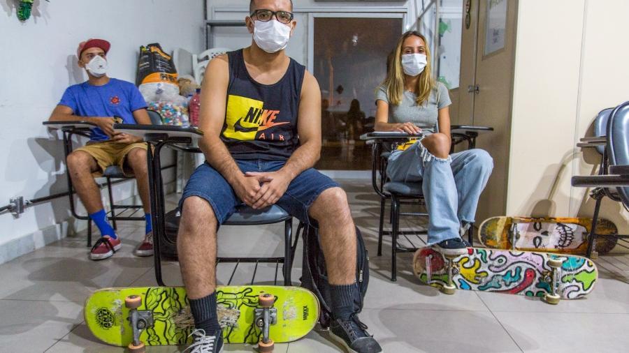 Alunos do curso de Instrutores de Skate Nível I e II, ministrado pela associação ABC do Skate, em parceria com a Associação dos Skatistas do Rio de Janeiro - Matias Maxx/UOL