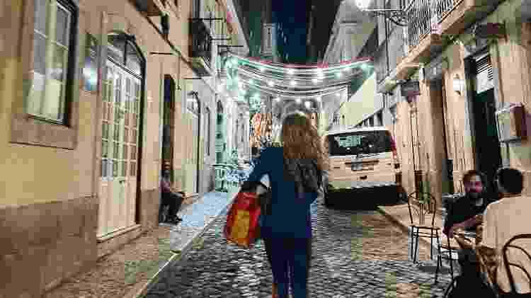 Eubrite caminha pelo centro de Lisboa - Natália Eiras/UOL - Natália Eiras/UOL