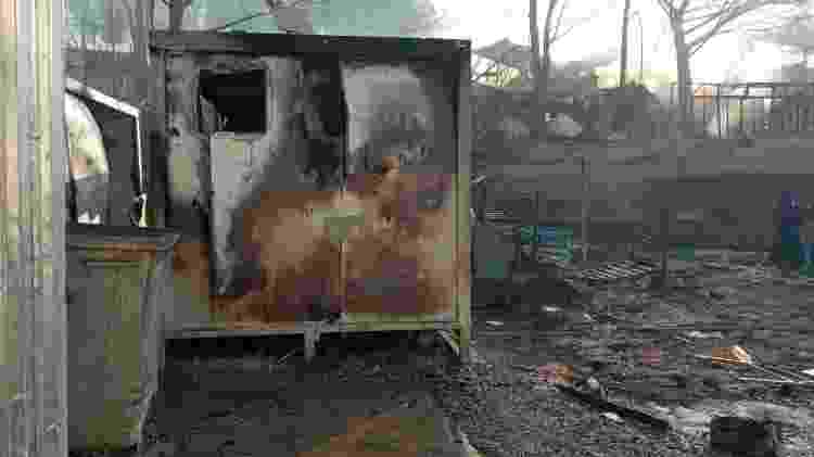 Campo de Moria, na ilha de Lesbos (Grécia), após o incêndio de grandes proporções na quarta-feira (9) - Reza Hassani/Arquivo pessoal - Reza Hassani/Arquivo pessoal