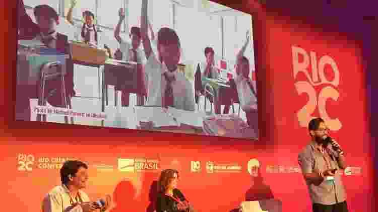 O professor Daniel Martins, de Recife, dá conferência no último dia do Rio2c, evento que acontece anualmente - Andréia Lago/Eder Content