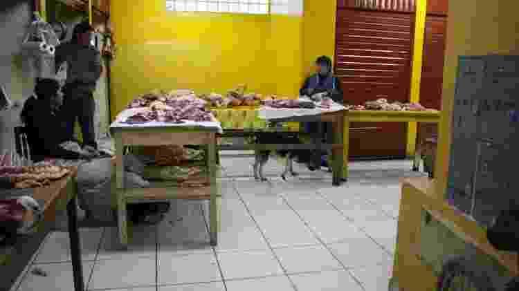 Mercado de carnes e peixes em Ollantaytambo, no Peru - Foto: Mariana Veiga - Foto: Mariana Veiga