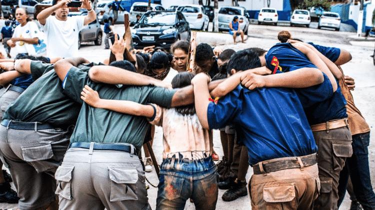 Grito de tropa do grupo escoteiro José Ribamar Nascimento, em São Luís do Maranhão, em 2017 - Ricardo Moraes/UOL - Ricardo Moraes/UOL