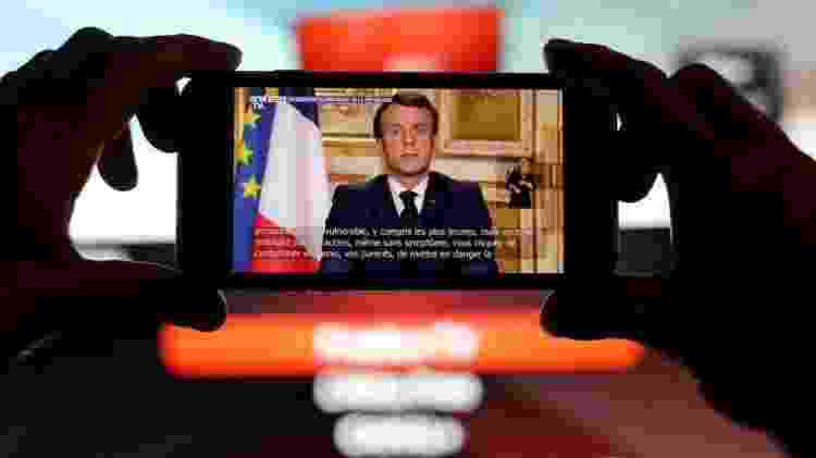 """Pronunciamento do presidente francês Emmanuel Macron: """"Estamos em guerra"""" - Eric Gaillard Reuters"""