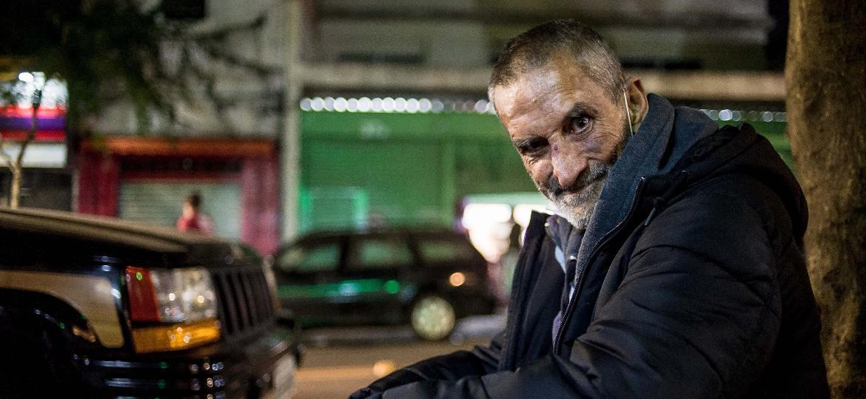Amílcar, 61, vive no entorno de Santa Cecília, no centro de São Paulo - Reinaldo Canato/UOL
