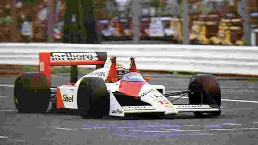 """Memórias desbotadas: reprise do primeiro prêmio de Ayrton Senna resgata """"mística"""" dos domingos dos anos 1980 - Divulgação"""