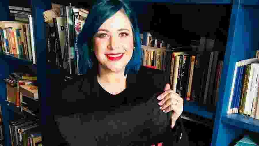 """A escritora espanhola Elísabet Benavent, best-seller espanhola e autora de """"Valéria"""" - Divulgação"""