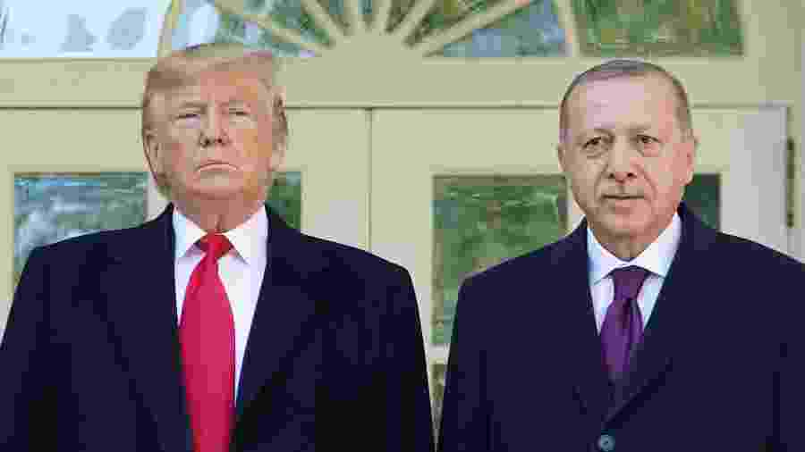 O presidente Donald Trump, ao lado do presidente turco Tayyp Erdogan, em Washington -  MANDEL NGAN / AFP