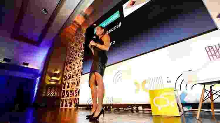 """Hortência apresenta a palestra """"Lições de uma vida: estratégia, valores e atitude da melhor jogadora de basquete do Brasil"""" - Mariana Pekin/UOL - Mariana Pekin/UOL"""