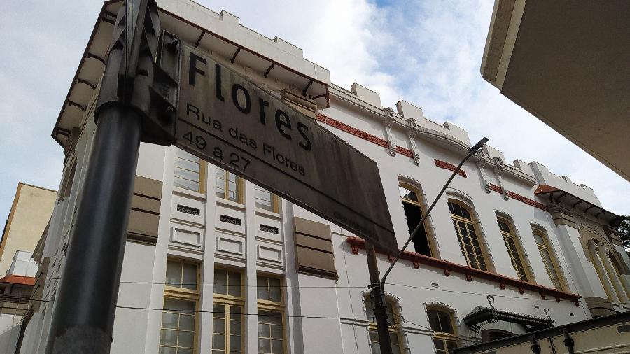 A rua das Flores está na região de comércio de essências no centro de São Paulo - Rodrigo Bertolotto/UOL
