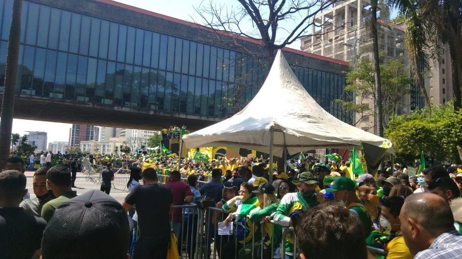 Concentração de manifestantes aguarda chegada do presidente Jair Bolsonaro, em atos no Sete de Setembro na av. Paulista, em São Paulo - Henrique Santiago/UOL