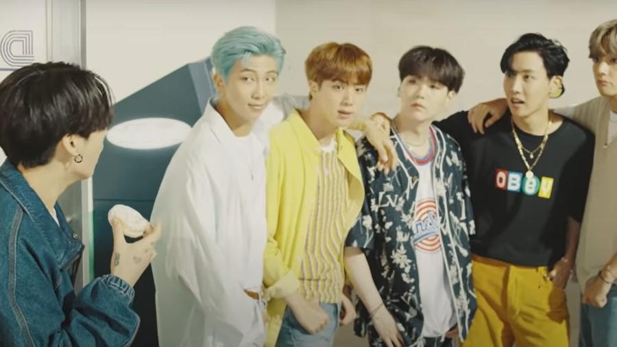 """Cena do clipe """"Dynamite"""", do BTS - Reprodução/YouTube"""