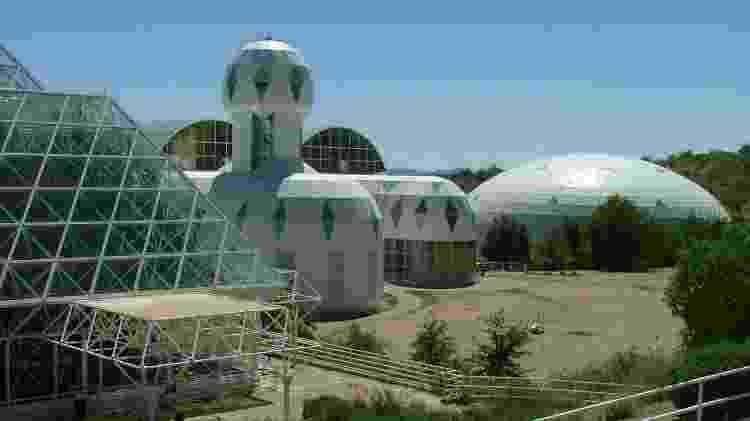 """Biofesra 2, no Arizona, uma grande """"casa de vidro"""", infestada de pragas... e tretas - Divulgação - Divulgação"""