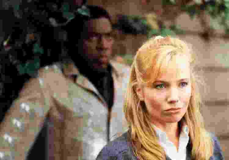 """Ernie Hudson e Rebecca de Mornay em """"A mão que balança o berço"""" (1992) - Divulgação - Divulgação"""