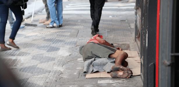 Ao menos 30 mil pessoas vivem hoje nas ruas da cidade de São Paulo, segundo estimativas de ONGs