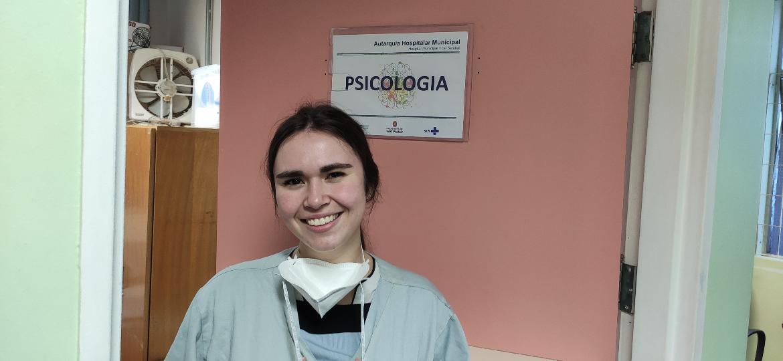 A psicóloga Georgea Michelucci Caamaño, que trabalha no Hospital Tide Setubal, na zona leste de São Paulo - Breno Damascena/UOL