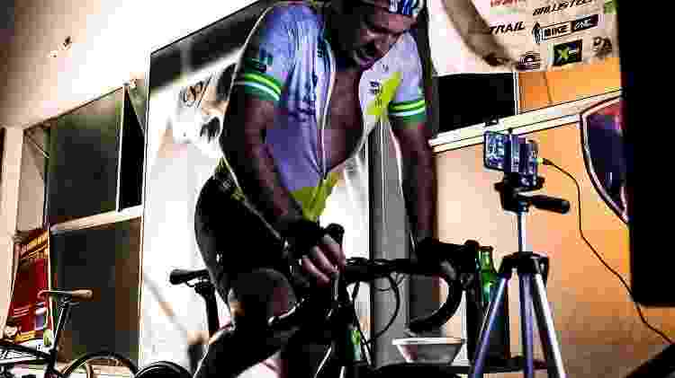 O ultraciclista Marcelo Soares, 48, conhecido como Mixirica - Arquivo pessoal - Arquivo pessoal