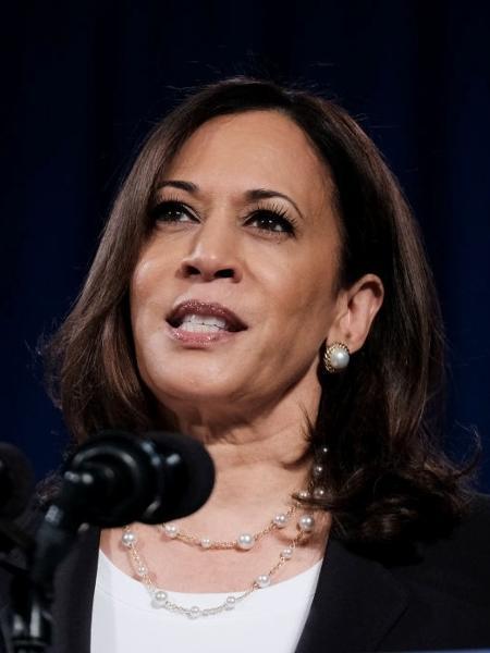 Kamala Harris, candidata a vice-presidência dos EUA pelo Partido Democrata, ao lado de Joe Biden - Michael A. McCoy/Getty Images