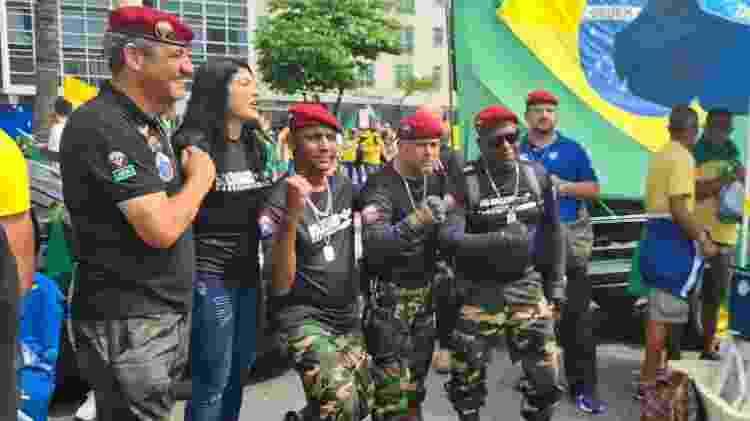 Paraquedistas no Sete de Setembro no Rio - Elisa Soupin/UOL - Elisa Soupin/UOL