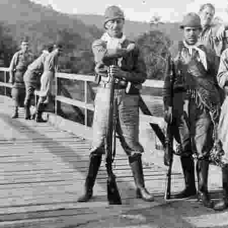 Cenas de combatentes da Revolução de 1932 - Acervo de Ricardo Della Rosa - Acervo de Ricardo Della Rosa